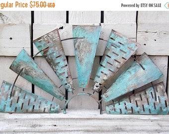ON SALE Windmill Wall Decor~Half Wind Mill~Windmill Wall Art~Farm House Decor~Rustic~Windmill Head~Industrial