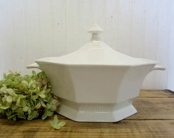 Vintage Independence White Ironstone Interpace Japan Octagon Covered Serving Bowl Dish