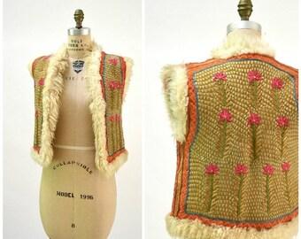 SALE Vintage Embroidered Shearling Vest// 70s Shearling Embroidered Sheepskin Vest Fur Boho Tibetan Afghan Jacket Tribal Vest Small J7
