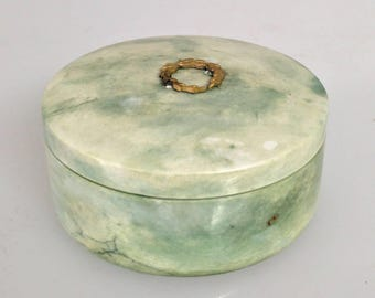 Vintage 1800s Hand Crafted Green White Italian Alabaster Marble Powder Trinket Box Made in Italy