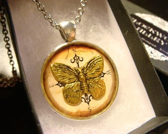 Butterfly Compass Pendant Necklace (2425)