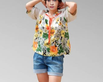 Florial blouse with gathered neckline blouses