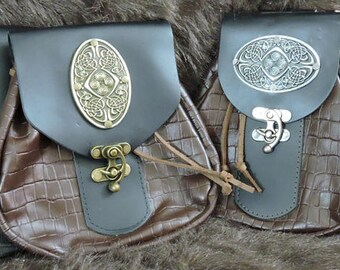 In Stock XLarge Economy Sporran Design Leather Belt Bag / Pouch Medieval, Bushcraft, Costume, Ren Faire, Large Celtic Medallion