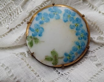 BEAUTIFUL Porcelain Pin w/ Hand Painted Forget Me Nots ANTIQUE