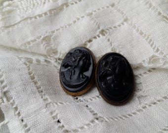 NICE Black Glass Cameo Finding ANTIQUE