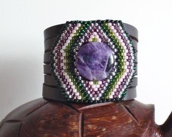 Leather cuff bracelet, Beaded Bracelet, Native American Bracelet, Amethyst