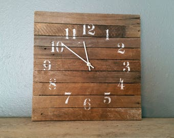 Barn Wood Clock 18 x 18 Rustic Wall Clock Farmhouse Clock Barnwood Clock Primitive Clock Shabby Chic Clock Large Wall Clock Industrial Clock