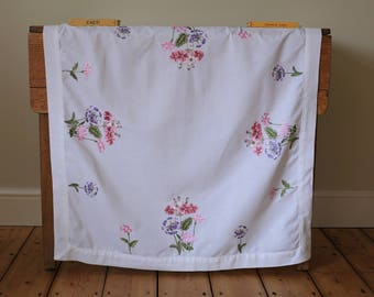 Vintage White Embroidered Tablecloth Spring Flowers Primroses Pelargoniums Pink
