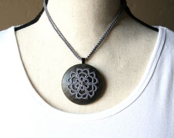 Artisan Gray Tatting Mandala Choker Medallion Wooden Fiber Necklace