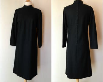 SALE NOW 20.00 Vintage 1960s black wool lined straight dress | Mock turtle neck with metal zipper