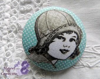 Fabric button, retro girl, 0.86 in / 22 mm