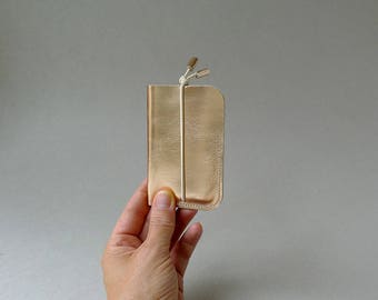 cardholder - rose gold leather & ecru elastic strap