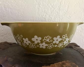 Vintage Pyrex Spring Blossom Cinderella Bowl