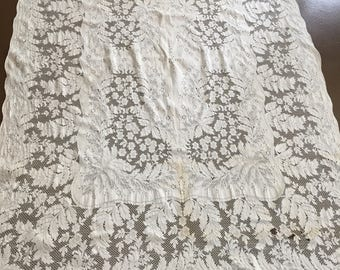 Vintage Lace Tablecloth Cutter Craft