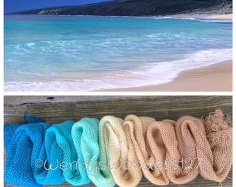 Hand Dyed Yarn, Gradient Yarn, Fingering Weight Yarn, If its the Beaches, 600 yards