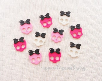 6pcs - Cute Skulls with Black Bows Mix Decoden Cabochon (27x23mm) MSC014