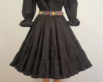 Vintage Full Skirt Peasant Blouse Malco Modes Partners Please Set. Black. Medium