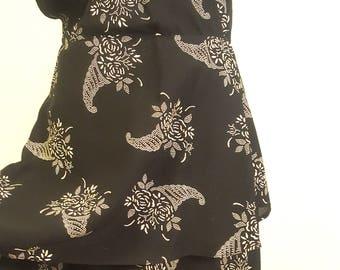 Lovely Vintage 1930s Dress Larger Size Novelty Cornucopia Print 38 to 40 Bust V Neckline