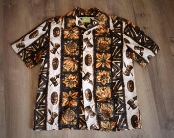 1960s Ui Maikai True Vintage Hawaiian Shirt Tribal Print Cabana Mens Vintage Medium