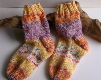 Multi coloured hand knit toddler girls self patterning socks. 2 to 4 years. UK 6  EU 23  US 6.