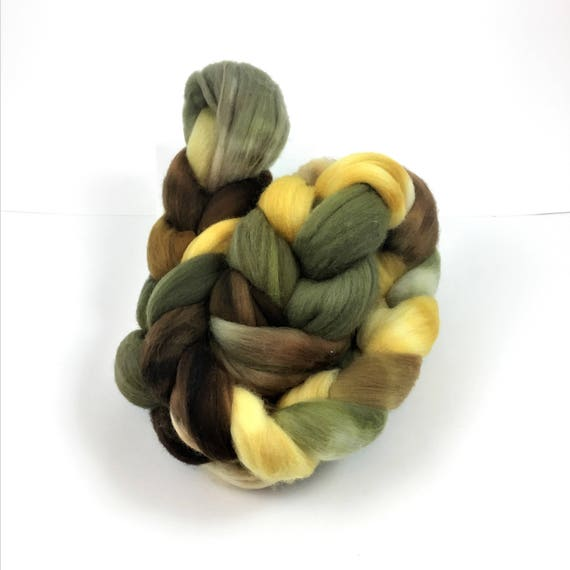 Merino Wool Roving, READY TO SHIP, 21.5 micron, 4 oz, Combed top, Spinning fiber, Wool felting, Wool top, Soft wool roving, wool top, khaki