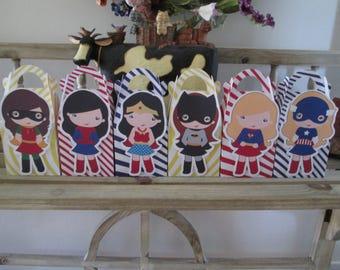 The Wonder Girls Superhero Gable Boxes Set of 24