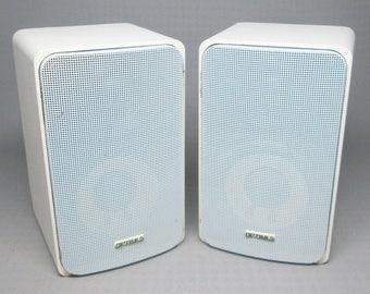 Realistic Optimus speakers , white , Pro-7 , 40-2065 ,
