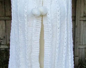 vintage 60s white hand knit cape mod scooter girl hand made