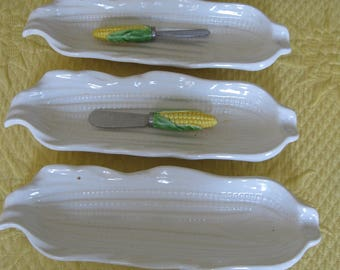 Vintage 4 White Signature Japan Corn Dishes with 2 small butter knives