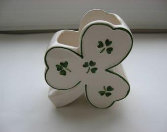 Vintage Relpo Shamrock Planter/Vase//Vintage Clover Leaf Design//Gift for Irish/St. Patricks Day Collectible//Original Sticker Made in Japan