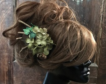 Green Flower Hair Clip- Fairy Costume- Woodland Fairy- Hand Fasting- Elf Costume- Woodland Wedding- Fairytale Wedding- Forest Fairy- Green