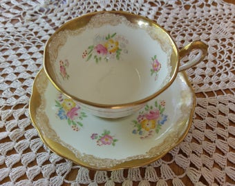 1920 Royal Albert Crown China unnamed pattern