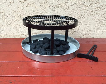 """Outdoor cooking, Campfire BBQ grate w/ legs of 2"""" - 8"""". Stand, grill & handle set. Heavy duty, Optional charcoal ash pan"""