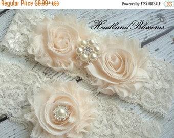 SALE Beautiful CREAM Bridal Garter Set - Ivory Keepsake & Toss Wedding Garter - Chiffon Flower Rhinestone Lace Garters - Vintage Garter - Ga