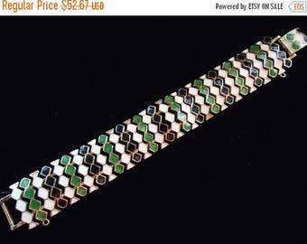 Now On Sale Vintage 1940's 1950's White & Green Enamel Bracelet Mad Men Mod Retro Rockabilly Chunky Wide Jewelry