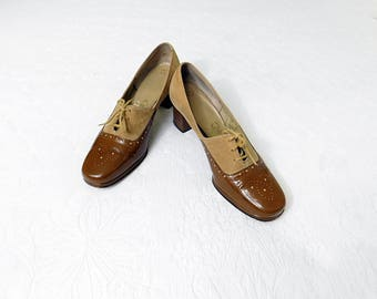 Vintage 60s Selby two tone brown lace up oxford pumps size 7