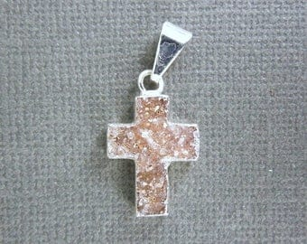 15% off Xmas in July Druzy Cross Pendant witih Electroplated  Silver Plated Edge (DZ-21)