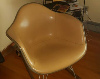 Herman Miller RAR Rocking Chair, Charles Eames - 1960's