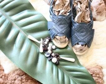 ON SALE Vintage Blue Leather Huarache Sandals Sz 11