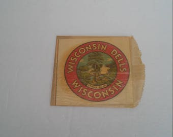 Vintage Wisconsin Dells Stand Rock Souvenir Decal Window Car Luggage