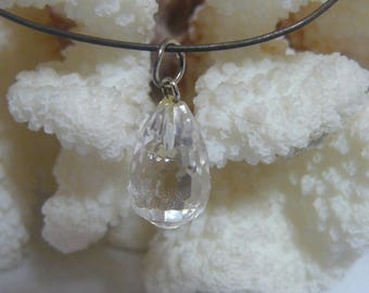 Beautiful Vintage NWT Faceted Rock Crystal Quartz Drop Pendant on Adjustable Black Cord Lobster Clasp