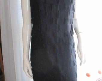 1950's Ladies Sleeveless Black V-Neck Fringe TASSEL SHIFT Dress---No Label