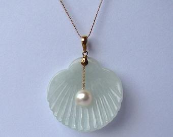 Large Vintage 14K Jade & Pearl Pendant
