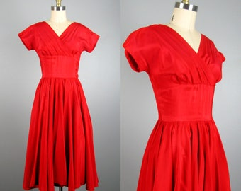 Vintage 1950s Red Taffeta Dress 50s Rockabilly Full Circle Skirt Swing Dress by Alfred Werber Size S
