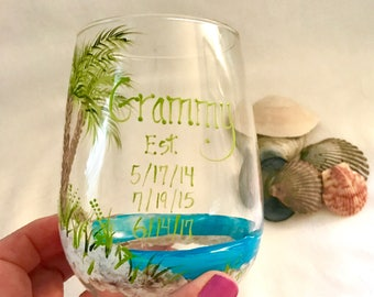 Painted personalized wine glass for mom  nana grandma grammy established with grandchildren birth dates