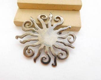 Vintage Silver Plated Large New Age Tribal Sun Brooch Pin E42