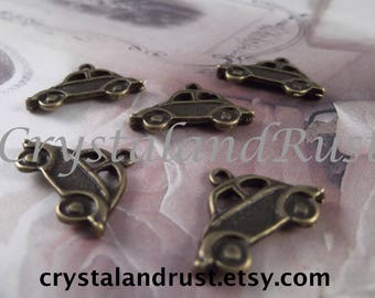 Antique Bronze - Cute Little Car Charm --- 5 Pieces --- CHM - 043