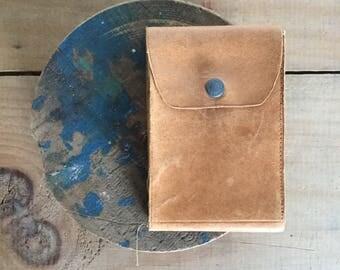 Classic old wallet Cash plastic flip slots unisex brown leather