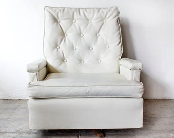 1970s Tufted Recliner Lounge Chair
