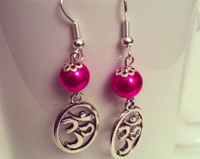 Ohm fuchsia earrings